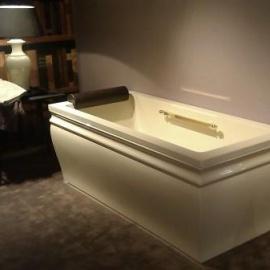 TREESSE vannas - Klasiskās formas vannas